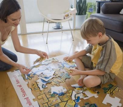 妈妈日记:通过拼图游戏,循序渐进培养孩子的独立性