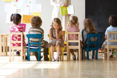 家庭教育:孩子不合群怎么办?家长该怎么培养呢?