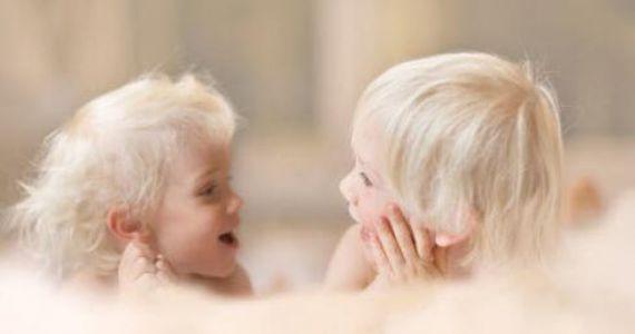 家庭教育:告诉孩子这样表达更好,家长也要学噢!