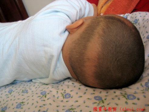 母婴微信群的宝妈分享:宝宝,你快点好起来吧,妈妈真不该这样给你补钙!