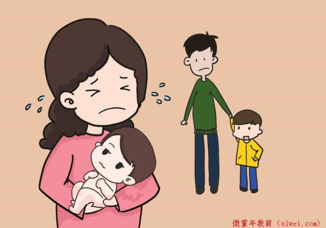 """一种新型""""偏心""""正在二胎家庭流行,比重男轻女更让人心疼"""