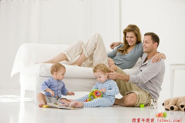 """宝宝的家庭教育,父母可别小看这10个""""一分钟"""",孩子长大更出色"""