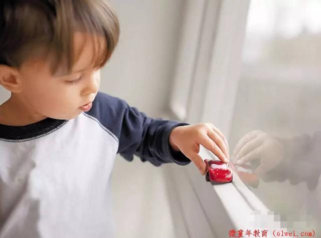 儿童孤独症的原因有哪些?儿科医生告诉您怎样配合孩子治疗