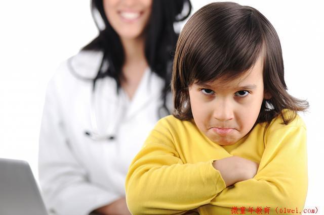 孩子总是与家长'针锋相对'?采取正确的方法,让父母不再头疼