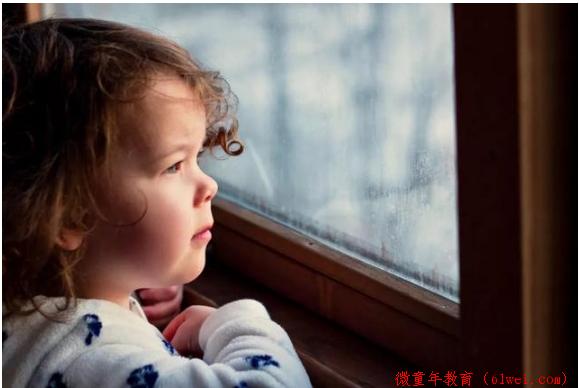 表面越是乖巧的孩子,内心存在的问题越多,从小到大活得很累