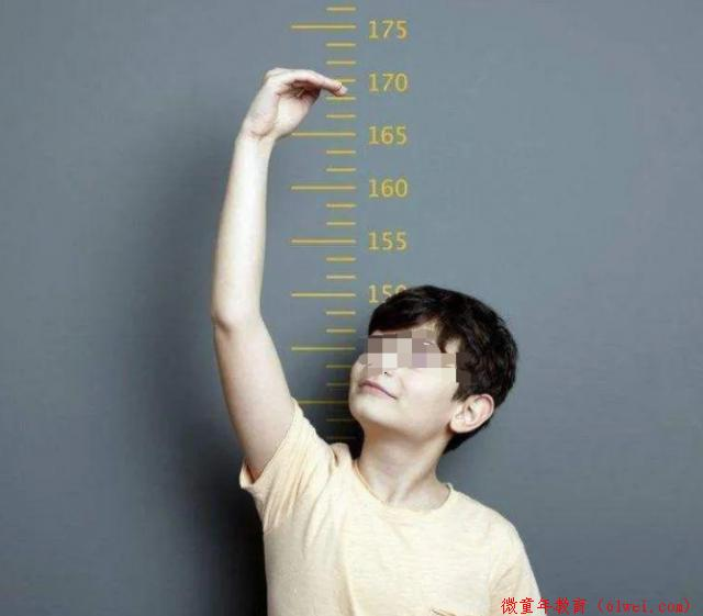 1米55,14岁男孩再也长不高!医生:有些老话信不得